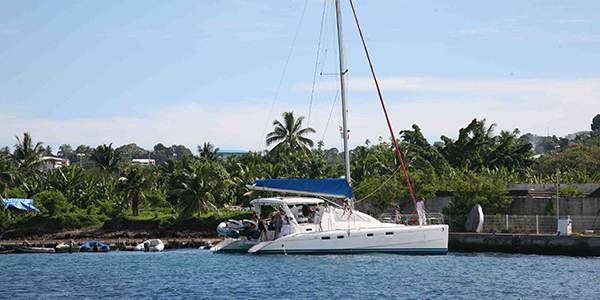 Croisiere-catamaran-tahiti-plongee