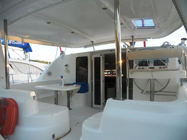 Catamaran Croisiere Leopard Go Zone 43 8