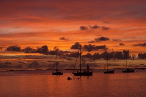 tahiti-croisiere-catamaran-coucher-soleil