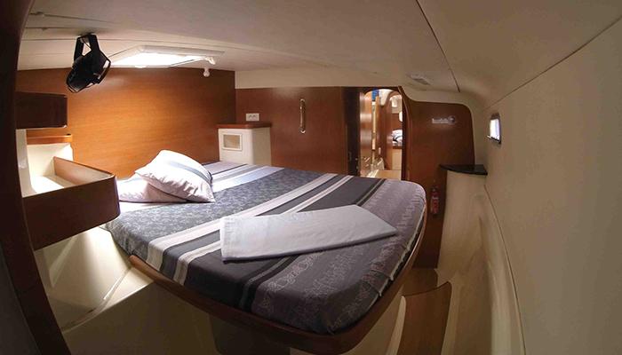 Catamaran-gozone-tahiti-croisiere-cabine