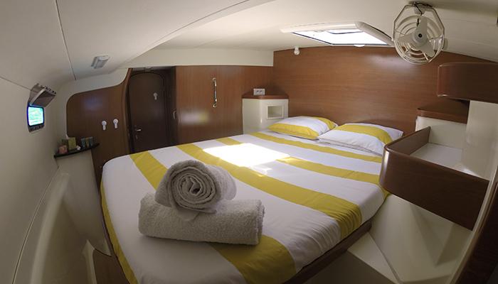 Catamaran-gozone-tahiti-croisiere-cabine3
