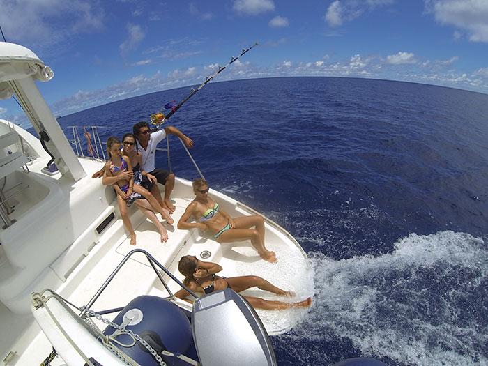 Catamaran-gozone-tahiti-croisiere-famille