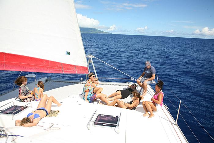Catamaran-gozone-tahiti-croisiere-famille2