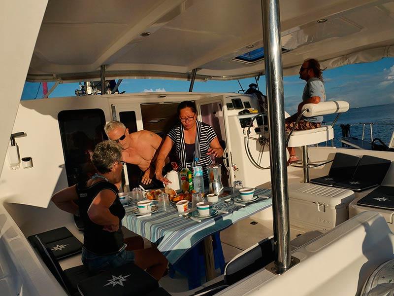 Croisiere-catamaran-tahiti-8