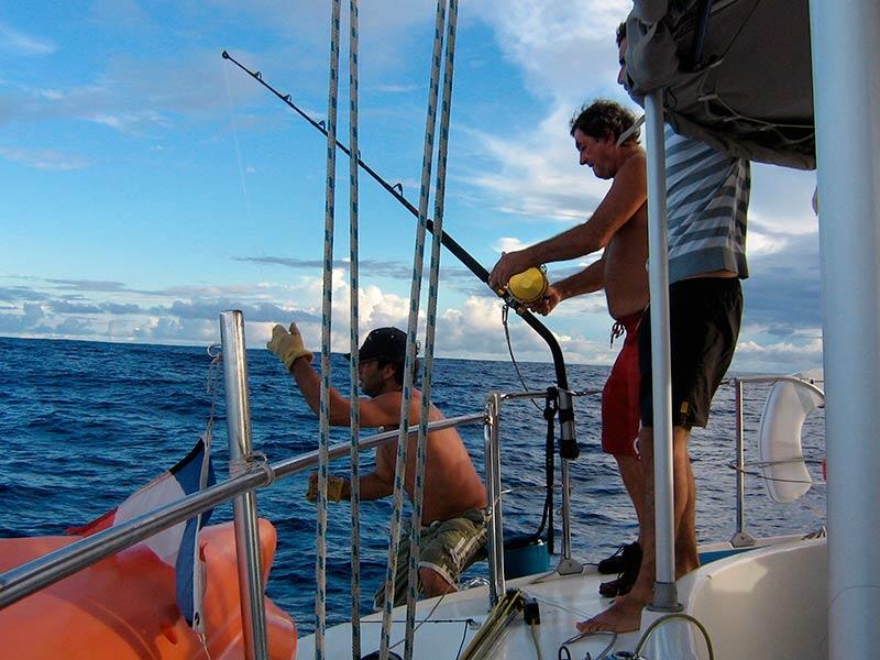 Peche-tahiti-catamaran